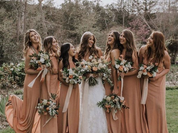 50+ Hottest Wedding Flower Trends for Brides to Choose In 2019