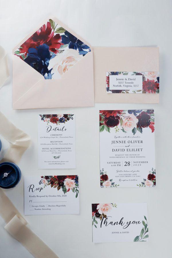 8 Special Wedding Escort Cards & Place Cards Ideas