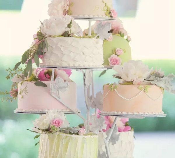 18 Pastel Wedding Cake Ideas For 2020 Spring