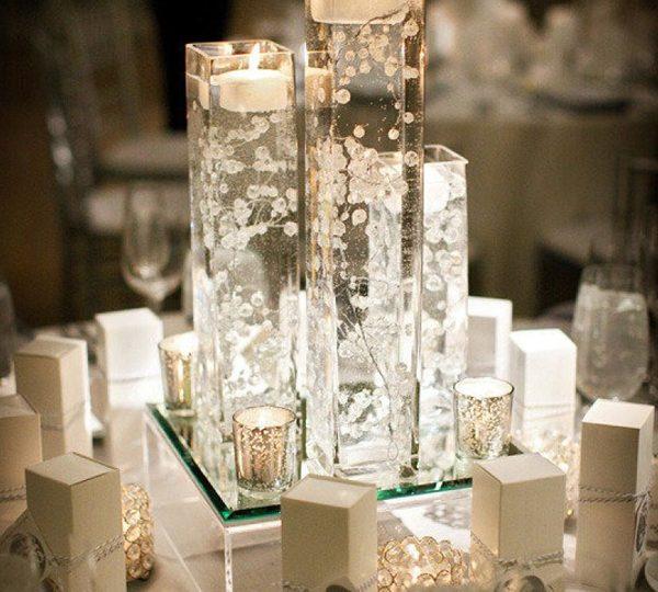 10 Stunning Floating Wedding Centerpiece Ideas For 2020