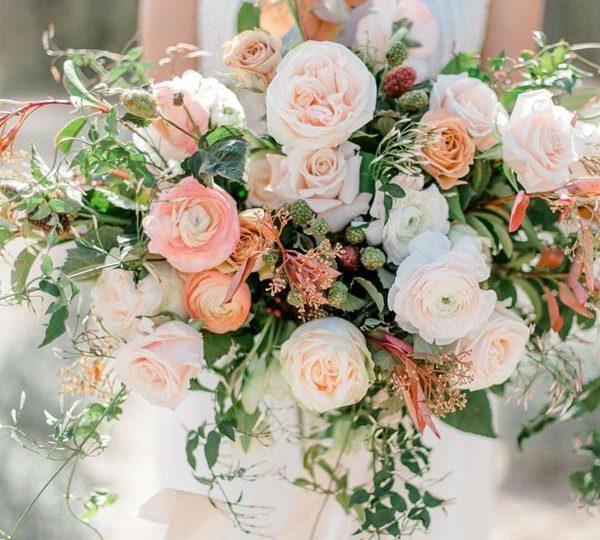 Wedding Hairstyle Trends 2020: 2020 Spring Wedding Color Wedding Trends Peach Wedding