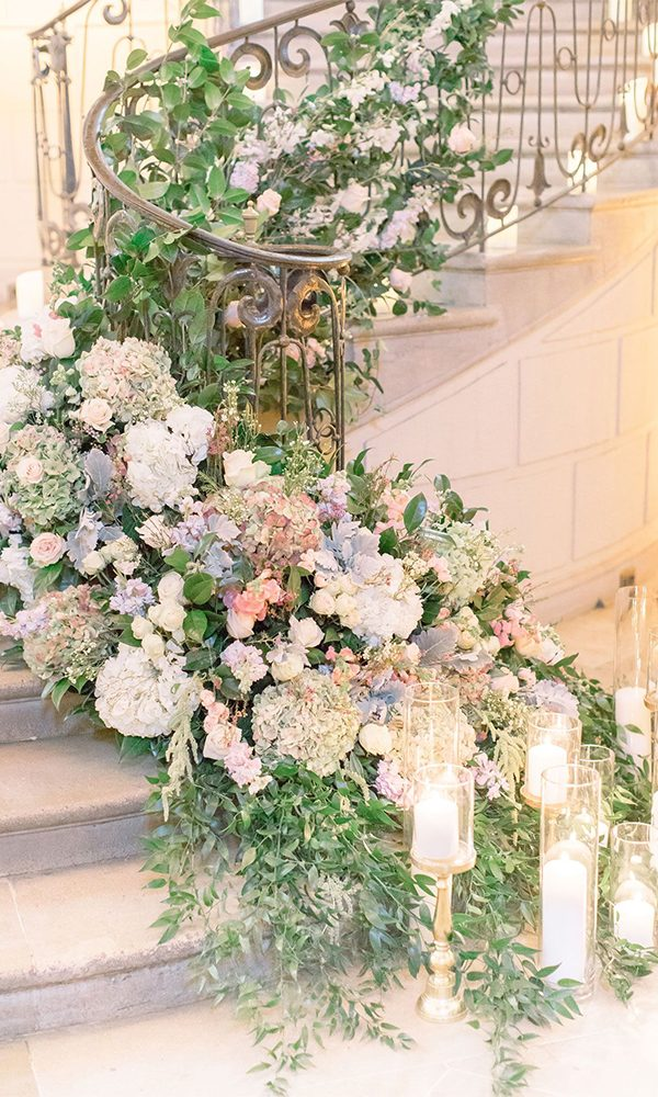 10 Prettiest Wedding Staircases Decor Ideas for 2020