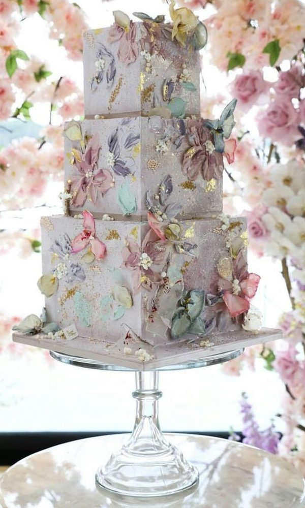 Eye-cathcing Butterfuly Wedding Invitations and Wedding Cakes