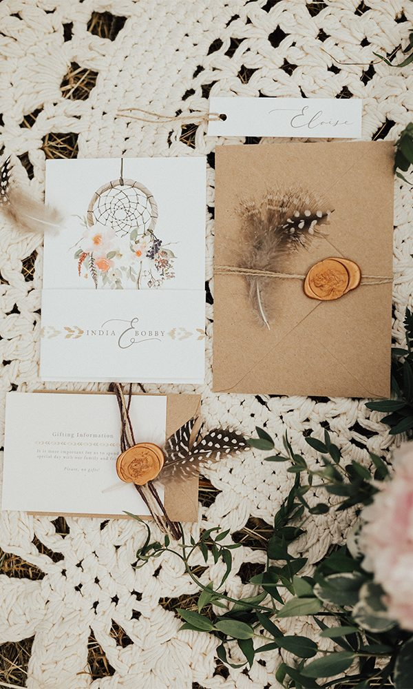 Feather Wedding Invitations You're Gonna Love