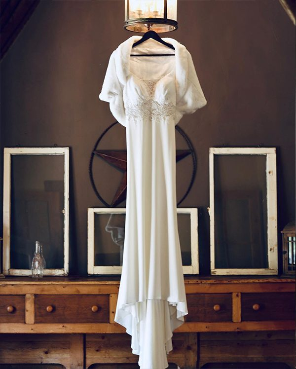 Beautiful Bride and her Breath-taking Wedding Dress