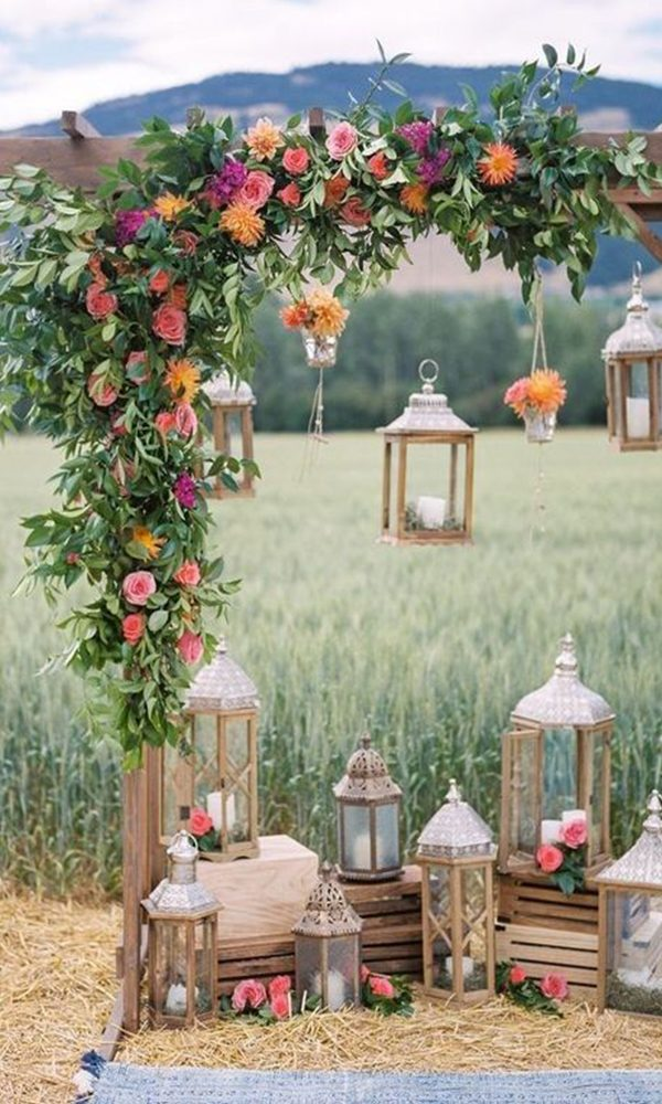 6 Beautiful & Inviting Wedding Colors For May Wedding in 2022